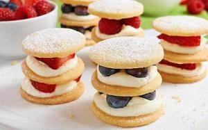 summer-berry-shortcake-stacks